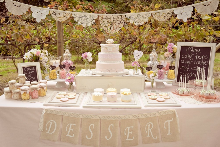 mesa de dulces para boda color rojo